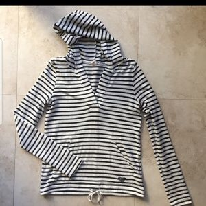 Black and cream Roxy hoodie